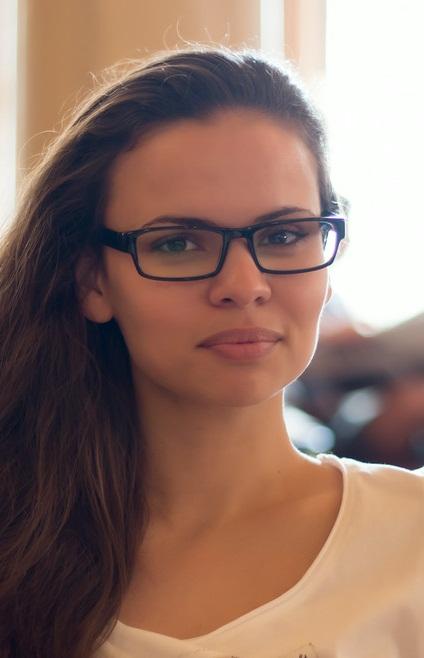 Неля Бабаева